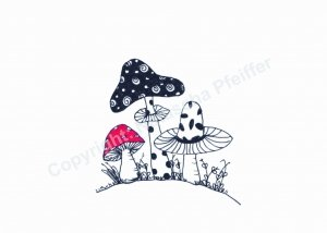3 Pilz auf kleinem Hügel